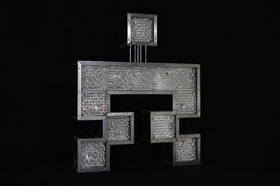 占研 字谜·穴 2017 铝合金型材、铝合金板材、亚克力板材等 96×115×20cm (2) 拷贝